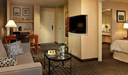 Cambridge Suites, Sydney Photo