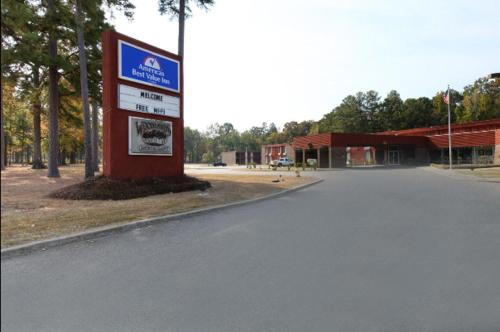 Americas Best Value Inn Crossett Photo