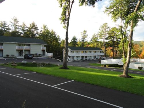 Studio Motel of Lake George Photo