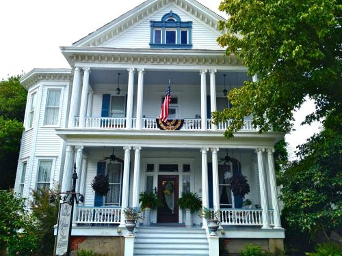 Bisland House Bed and Breakfast