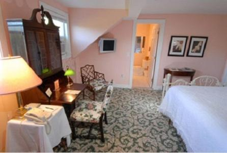 The Inn at Woodstock Hill - Woodstock, CT 06281