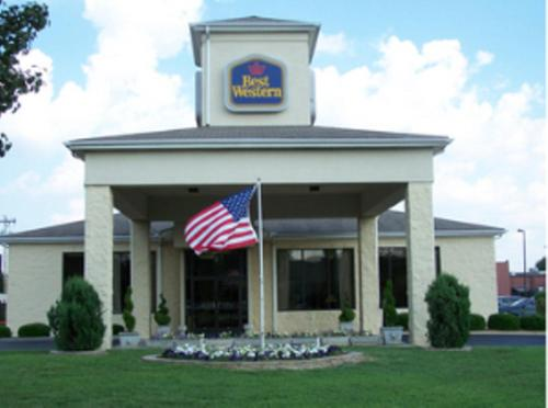 Best Western Inn & Suites Monroe Photo
