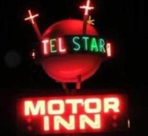 Tel Star Motel Photo
