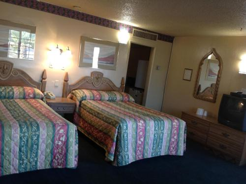 Apple Valley Motel Photo