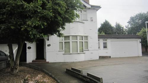 Willow Guest House Hillingdon