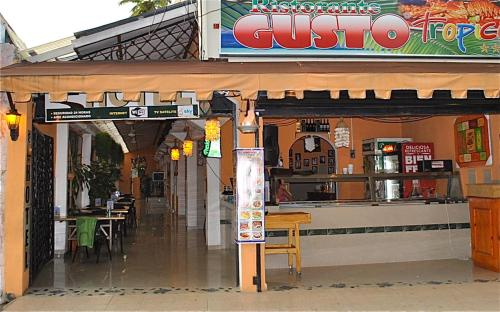 Hotel Gusto Tropical Hotel