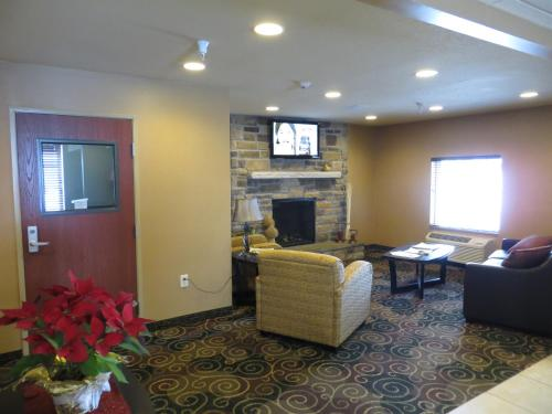 Cobblestone Inn & Suites Photo