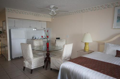 Belleair Beach Resort Motel Photo