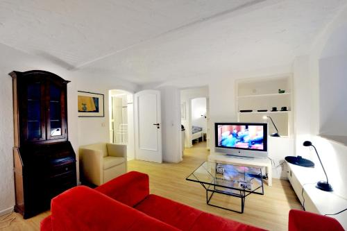 Book deutsche messe zimmer private apartments hannover for Zimmer hannover