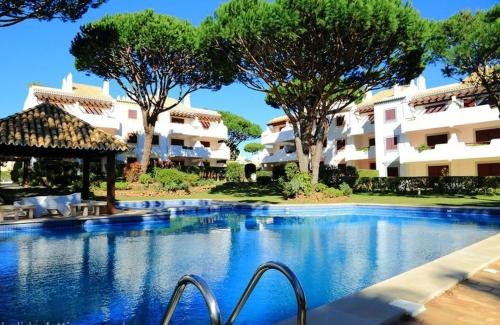 holidays algarve vacations Vilamoura Vilamoura Apartment with Pool