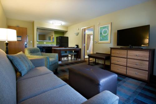 Hampton Inn & Suites Fort Myers Beach/Sanibel Gateway Photo