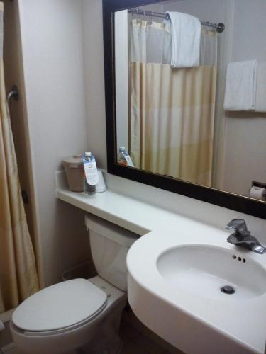 Fairfield Inn Monterrey Airport Photo
