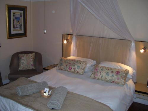 Karoo Theatrical Hotel Photo