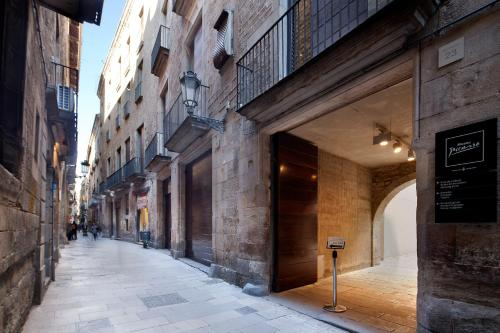 Inside Barcelona Apartments Mercat photo 13
