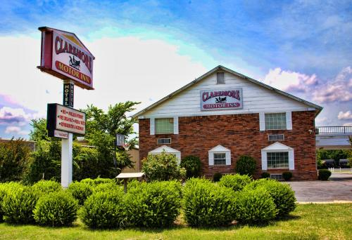 Photo of Claremore Motor Inn hotel in Claremore