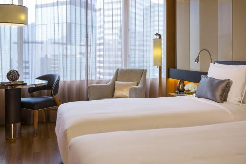 Renaissance Hong Kong Harbour View Hotel, A Marriott Luxury & Lifestyle Hotel photo 38