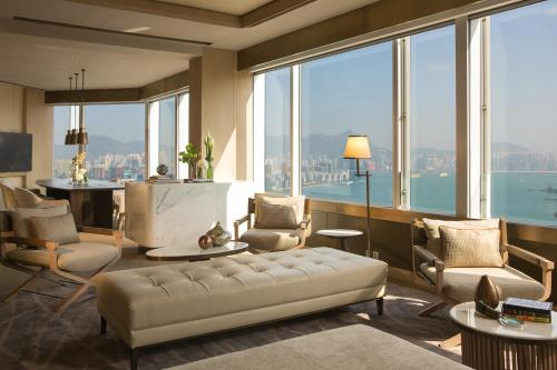 Renaissance Hong Kong Harbour View Hotel, A Marriott Luxury & Lifestyle Hotel photo 41