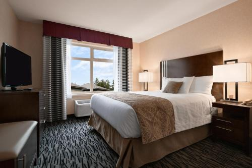 Ramada Pitt Meadows Photo