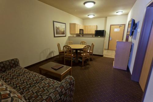Glenwood Suites Photo