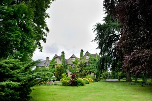 Weston Hall Hotel in Coventry from £60