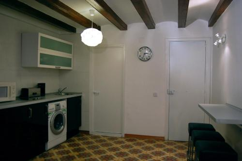 Cathedral Apartments photo 7