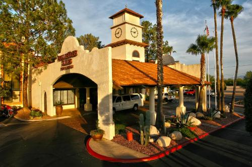 DoubleTree Suites by Hilton Tucson Airport Photo