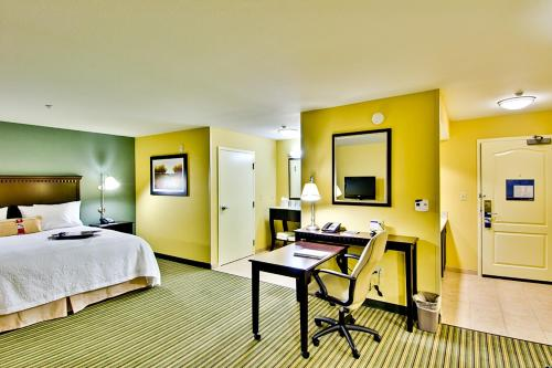 Hampton Inn and Suites Moreno Valley in Moreno Valley
