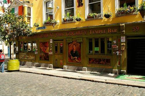 Oliver St. John Gogarty's Hostel Photo