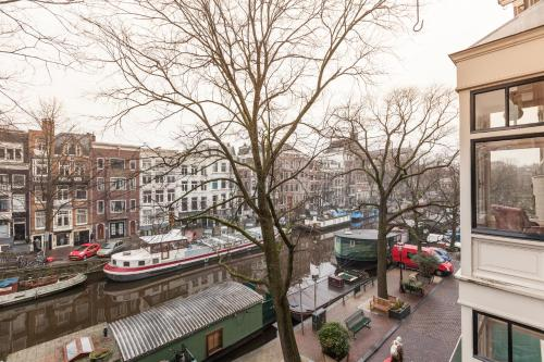Itc Hotel Amsterdam Netherlands Overview