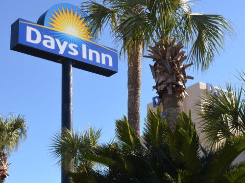 Days Inn Panama City Beach - Panama City Beach, FL 32407
