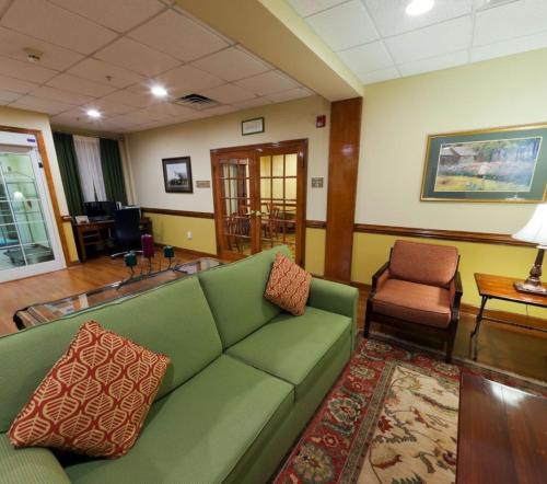 Country Inn & Suites Goldsboro Photo
