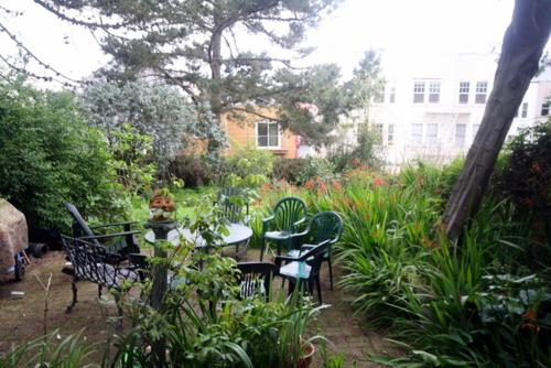 Victorian Cole Valley - 3 Bedroom Apartment - San Francisco, CA 94117