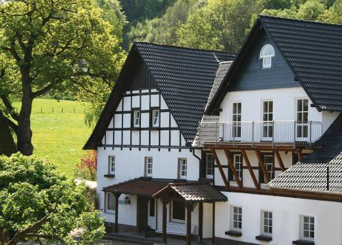 Haus Berghoff (Bed and Breakfast)