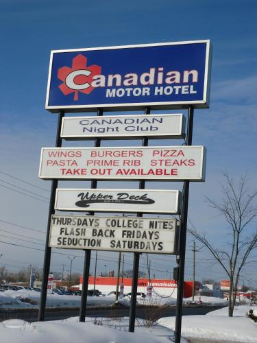 Canadian Motor Hotel Photo