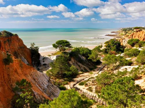 holidays algarve vacations Albufeira Pine Cliffs Resort
