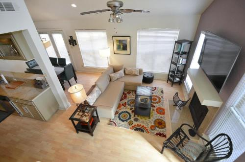East Austin Townhome by TurnKey Vacation Rentals Photo