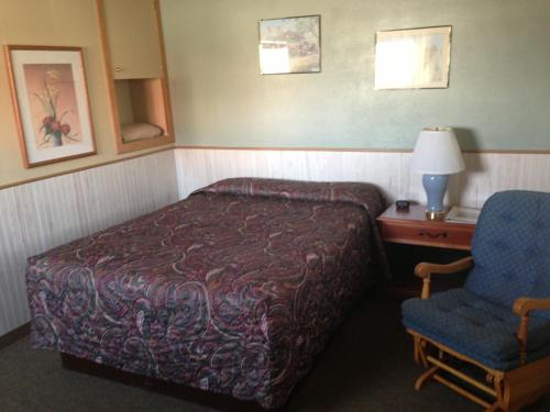 Jamestown Motel Photo