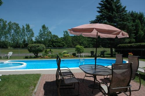 The Bourget Inn & Spa Photo