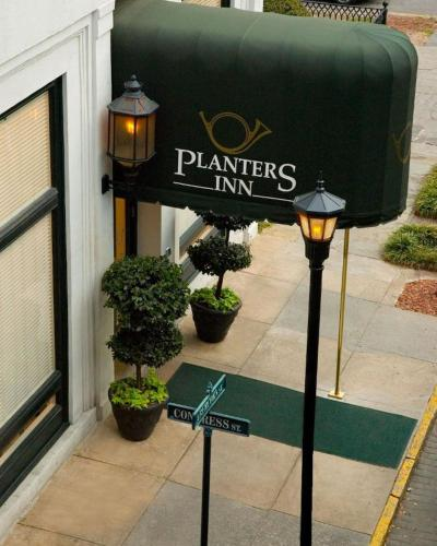 Planters Inn on Reynolds Square Photo