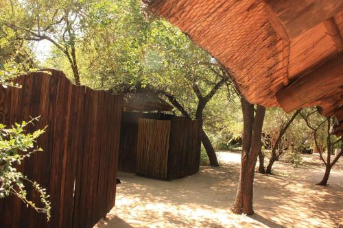 Off Beat Safaris Bush Lodge Photo