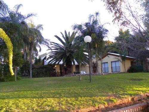 Riverbank Lodge Photo