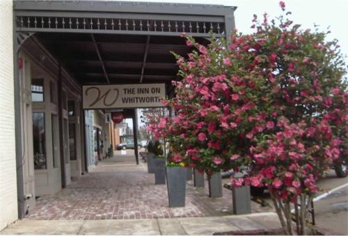 Brookhaven (MS) United States  city photos gallery : The Inn On Whitworth, Brookhaven, MS, United States Overview ...