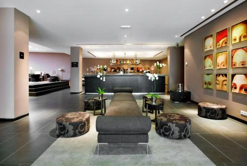 Tryp By Wyndham Antwerp impression