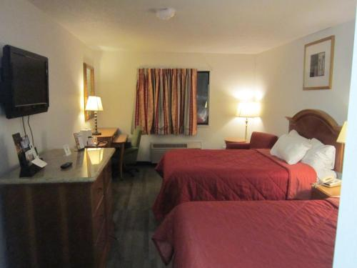 American Inn and Suites Ionia Photo