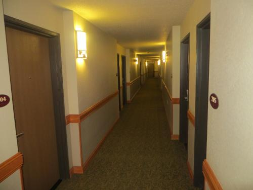 AmericInn Lodge and Suites of Manitowoc Photo