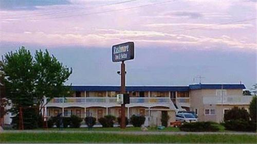Photo of Rushmore Inn and Suites Hotel Bed and Breakfast Accommodation in Rapid City South Dakota