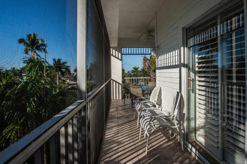 Olde Marco Island Inn And Suites - Marco Island, FL 34145