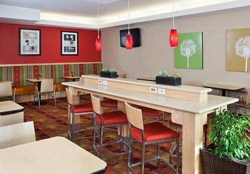 TownePlace Suites by Marriott Dodge City Photo