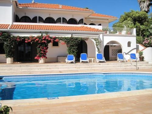 holidays algarve vacations Quinta do Lago Villa Pescador by Shirley Dunne