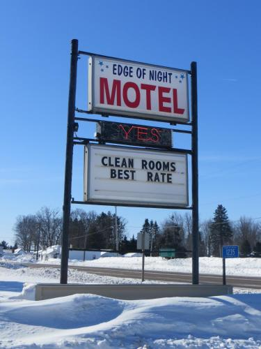 Edge of Night Motel Photo